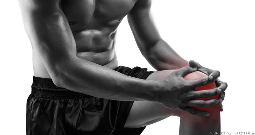 Sportler mit Schmerzendem Knie